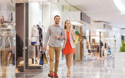 3 Benefits of Working with a Shopping Center Specialist